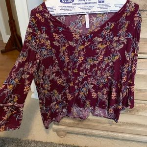 Burgundy top with flowers